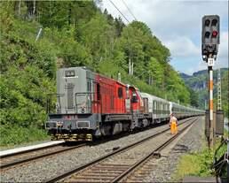 741 516 und 741 710 überführen am 15.05.2017 zwei ICE4 Einheiten zum Eisenbahnversuchsring Velim.
