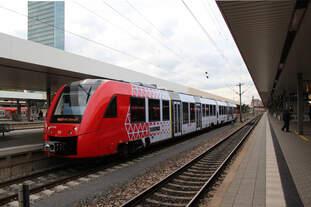 Am 04.10.2017 verlässt RB13597 den Hauptbahnhof von Mannheim in Richtung Fürth.