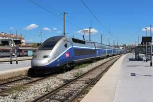 Ankunft des TGV 5320 aus Nantes und des TGV 5322 aus Rennes am 15.08.2018 im Endbahnhof Marseille St.