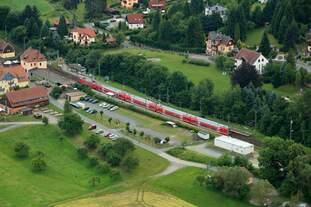 Doppelstockzug DB Regio in station Kurort Rathen (5.7.2017)