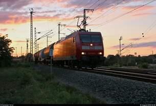 Das letzte Bild des Tages zeigt einen gemischten Gz mit 145 045-1 DB, der in der Saaleaue bei Angersdorf auf der Bahnstrecke Halle–Hann.