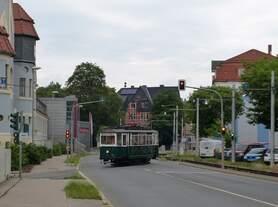 Der Traditions wagen TW23 fuhr am 16.06.2019 in der Grimmelallee in Nordhausen wieder ins Depot, nachdem er zum Rolandsfest an diesem Wochenende unterwegs war.
