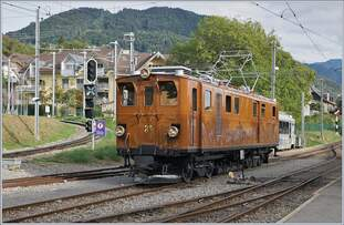 Leider nur als Nachschuss, aber dieses Bild zeigt trotzdem recht eindrücklich die Länge die so ein Güterzug haben kann.
