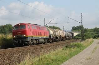 225 094-2 der EBM bei Burgstemmen am 15.07.2015