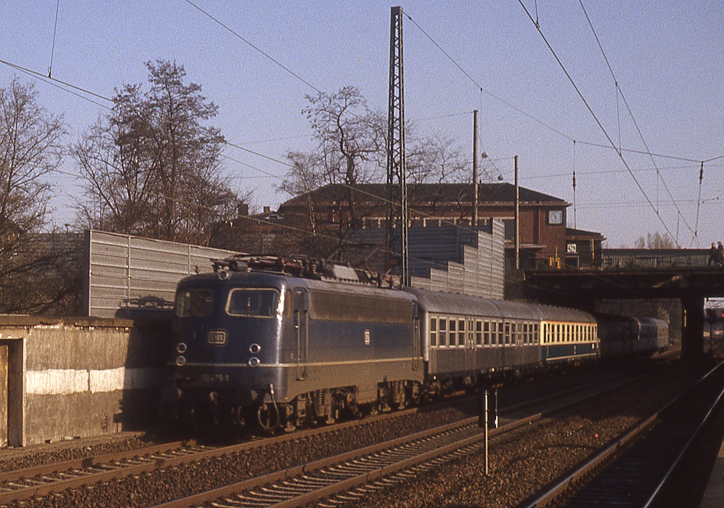 Küchenstudio Düsseldorf Derendorf ~ 110 475 in düsseldorf derendorf, april 1983 bahnbilder de