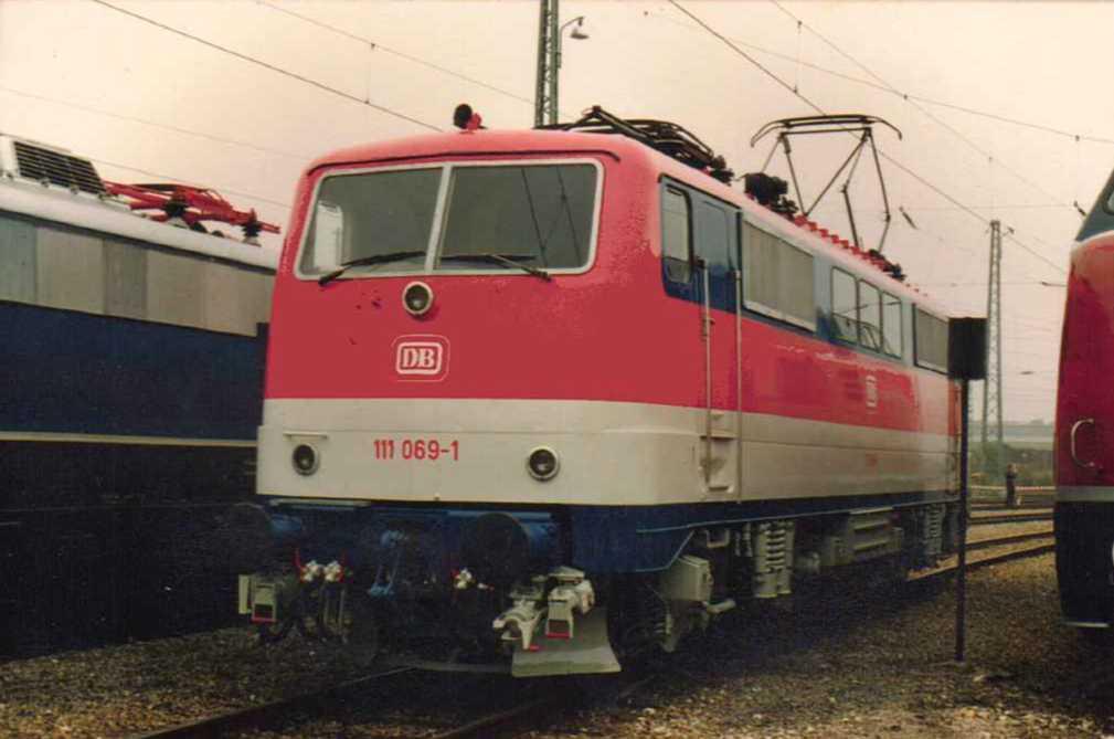 111-069-1-versuchslackierung-am-19101985-685879.jpg