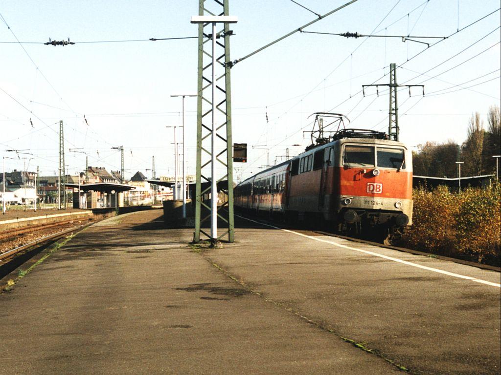 Bahnhof Löhne 111 124 4 mit re 70 weser leine express 24206 braunschweig bielefeld