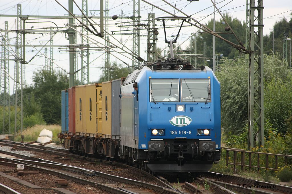 185 519 (nun bei ITL, ex VPS) am 01.09.2011 in Hamburg Harburg.
