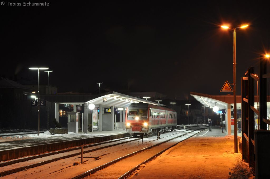 610 006 als RE3566 am 08.12.2012 in Amberg