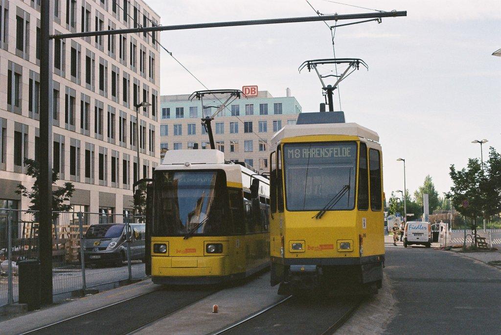 berlin bvg sl 12 gt6 sl m8 kt4d nordbahnhof am nordbahnhof invalidenstrasse am 23. Black Bedroom Furniture Sets. Home Design Ideas