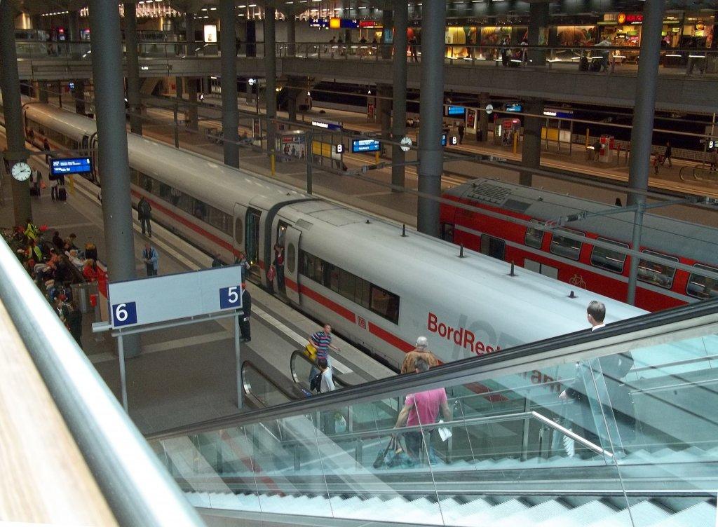 hauptbahnhof berlin gleisplan
