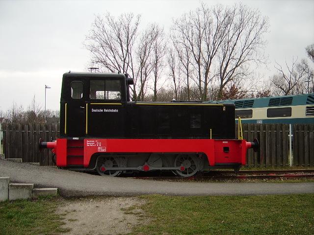 eine alte dr rangierlokomotive in speyer technik museum am. Black Bedroom Furniture Sets. Home Design Ideas