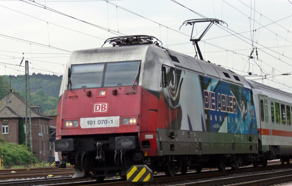 IC 134 Norddeich - Luxemburg mit 101 070-1 in Remagen. 30.04.2012