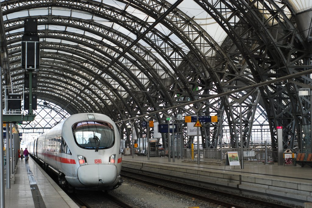 1000 images about urban train stations on pinterest for Berlin to dresden train