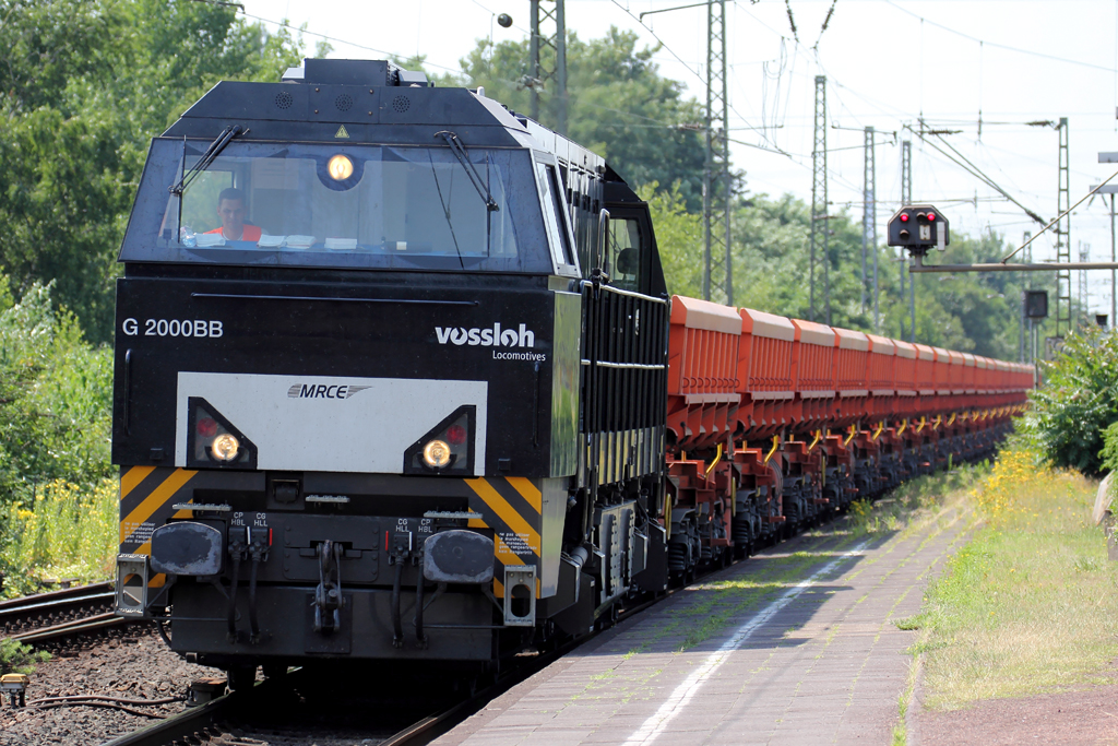 MRCE G2000 angemietet von Vossloh Locomotives in Rheinhausen 8.7.2013