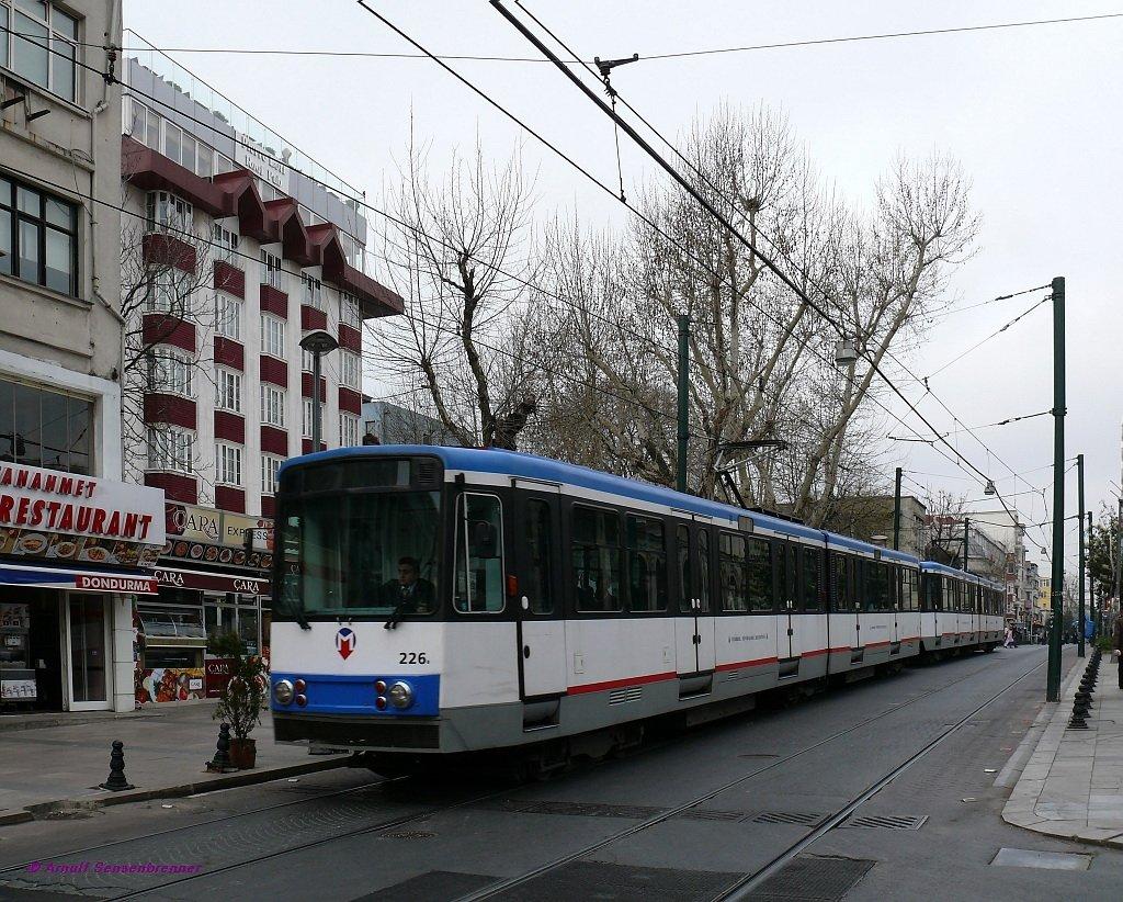 tram 226 206 ex k ln 2026 2006 stadtbahnwagen b100s. Black Bedroom Furniture Sets. Home Design Ideas