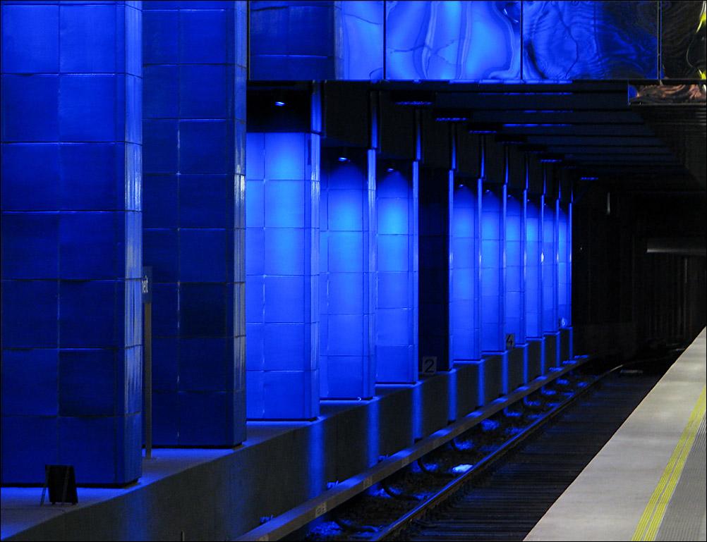Beleuchtung München u bahnhof münchner freiheit durch die neue beleuchtung kommen die