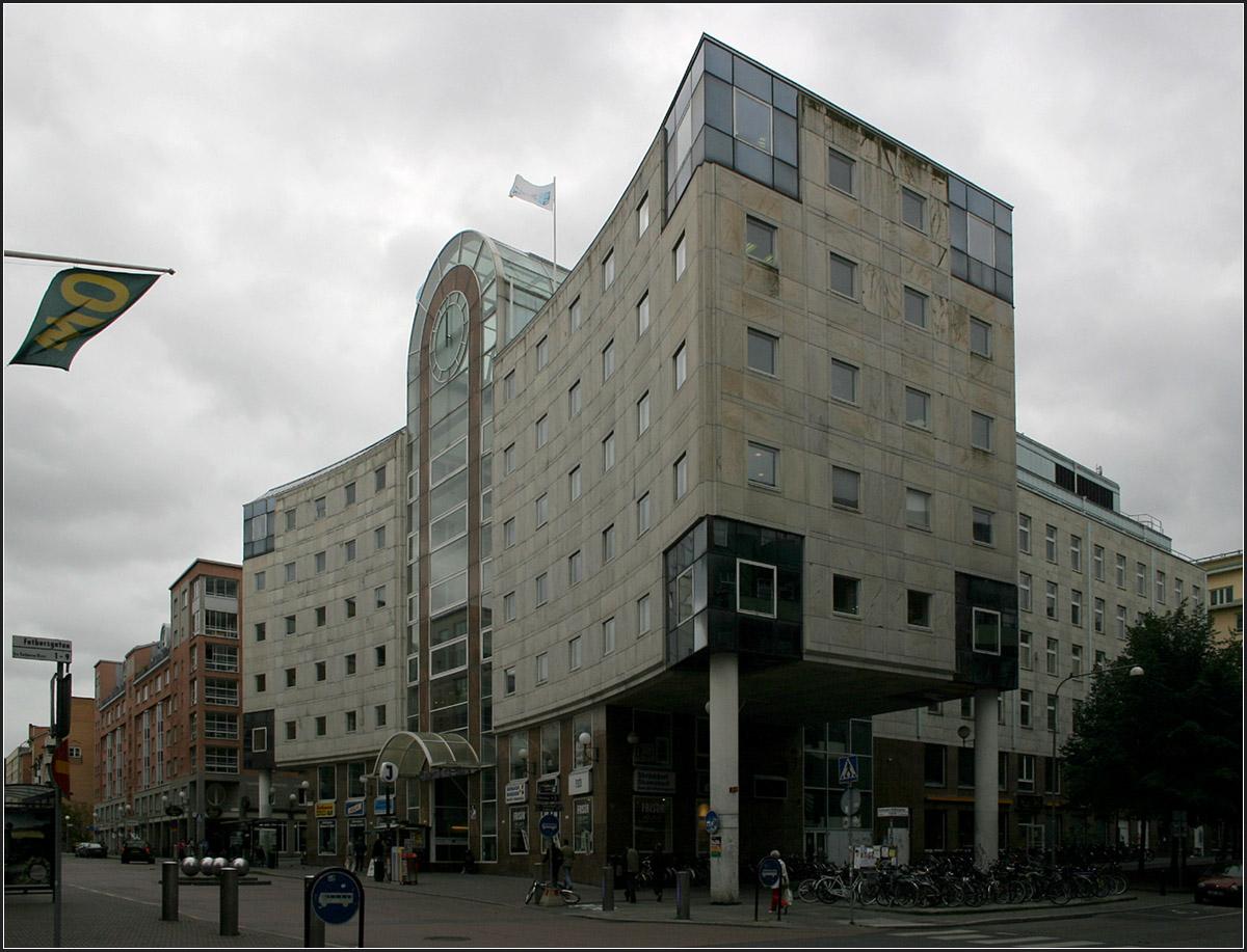 Postmodern stockholms s dra au enansicht diese - Postmoderne architektur ...