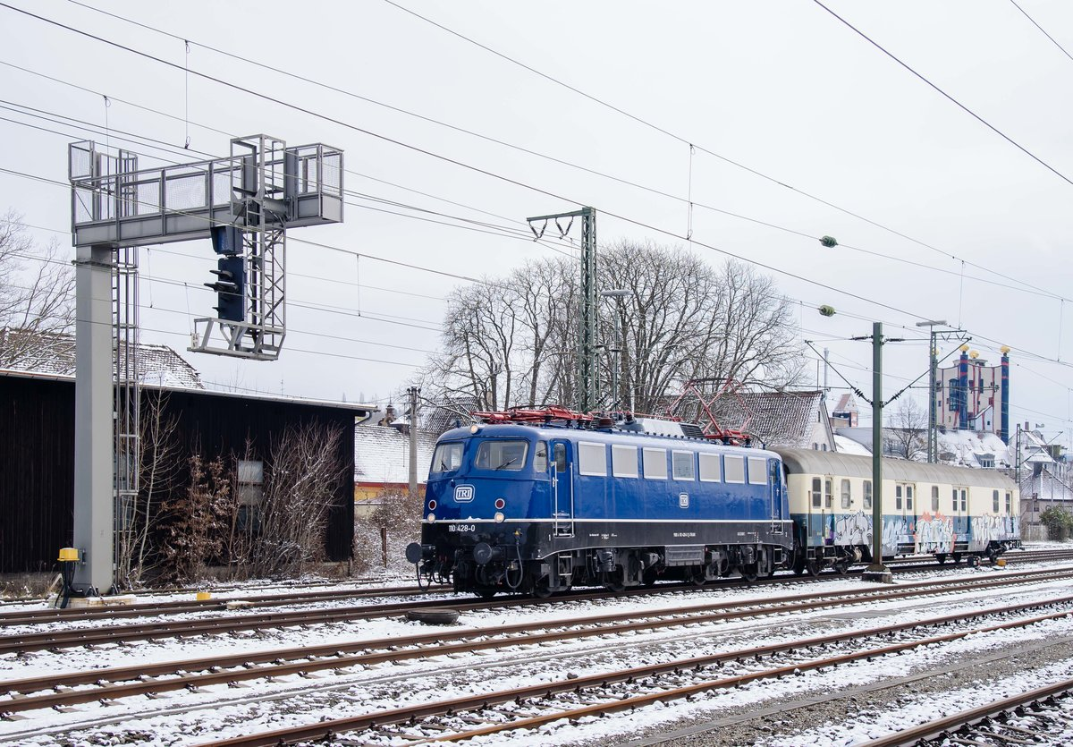 110 428 in Plochingen Ri.Stuttgart am 18.3.2018.