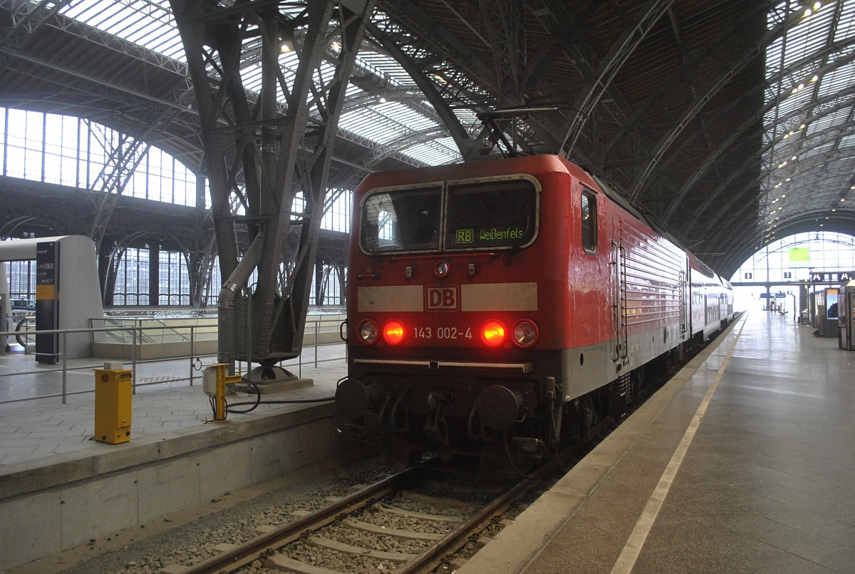 143 002 am 19.01.2014 in Leipzig Hbf.