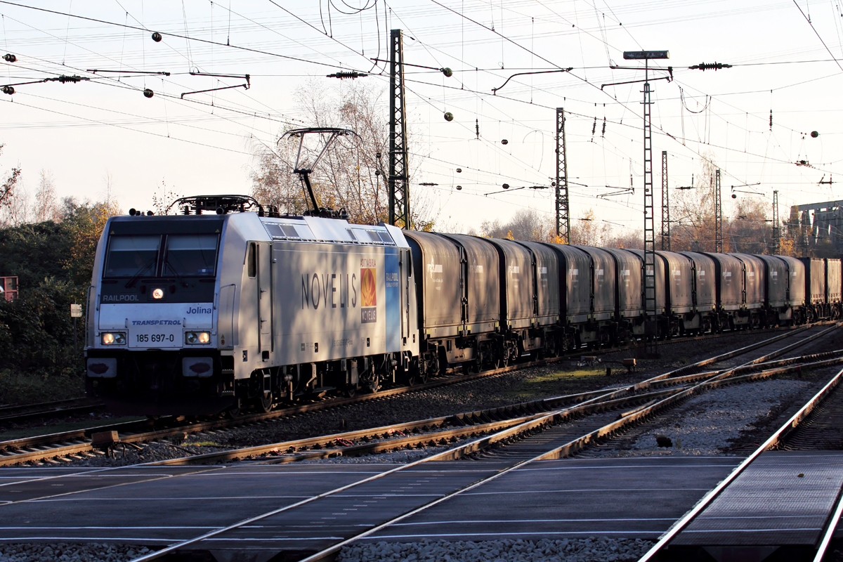185 697-0  Jolina  in Recklinghausen-Süd 22.11.2014