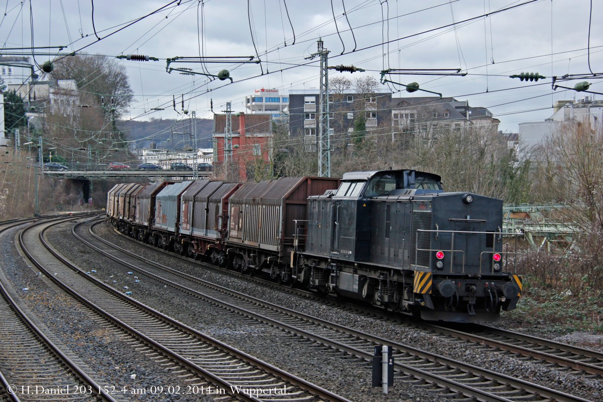 203 152-4  Felix  am 09.02.2014 in Wuppertal.