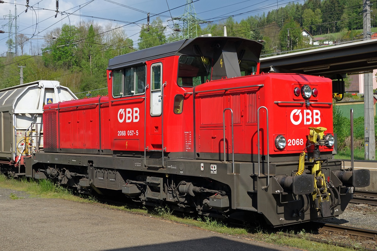 2068 057 in Kindberg am 3.05.2016.
