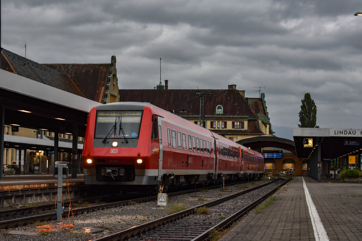611 045 mit 020 als RE nach Aulendorf am 28.05.19 in Aulendorf