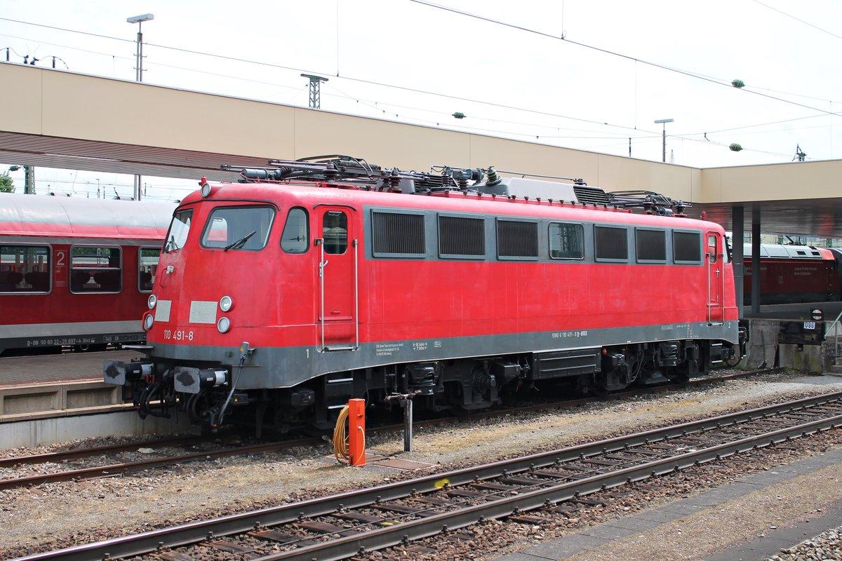 Am Stand Bte 110 491 8 Auf Gleis 96 In Basel