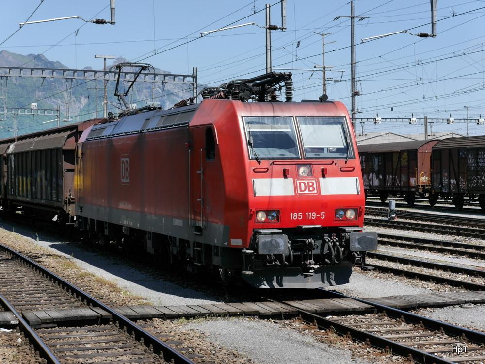 Db 185 119 5 Im Bahnhof Buchs Am