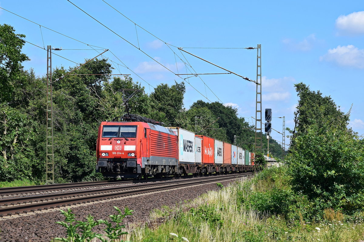 DB 189 014 mit Containerzug in Richtung Hannover (Eilvese, 16.07.18),