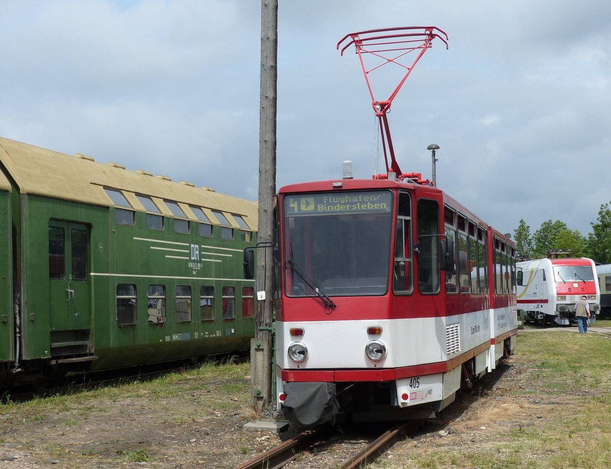 new product be4e0 34fc0 Die ausgemusterte EVAG 405 am 02.06.2018 beim Eisenbahnfest im  Eisenbahnmuseum Weimar.