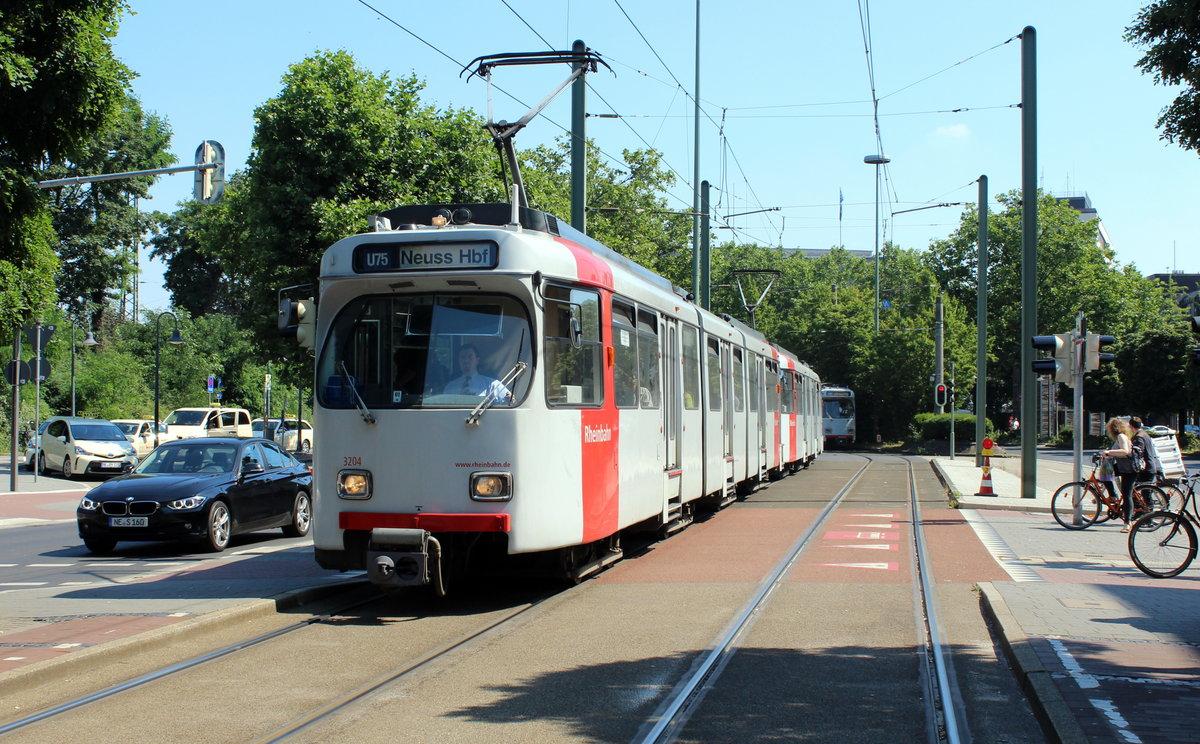 d sseldorf rheinbahn u 75 gt8su 3204 3202 neuss theodor heuss platz hauptbahnhof am 19. Black Bedroom Furniture Sets. Home Design Ideas