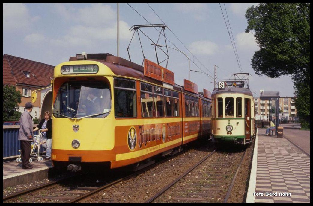 Duisburg Walsum D Wag 1087 Kreuzt Mit Oldtimer Harkort