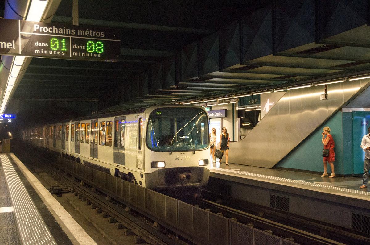 eine metrogarnitur der linie m1 f hrt am 18 in die station saint charles ein. Black Bedroom Furniture Sets. Home Design Ideas