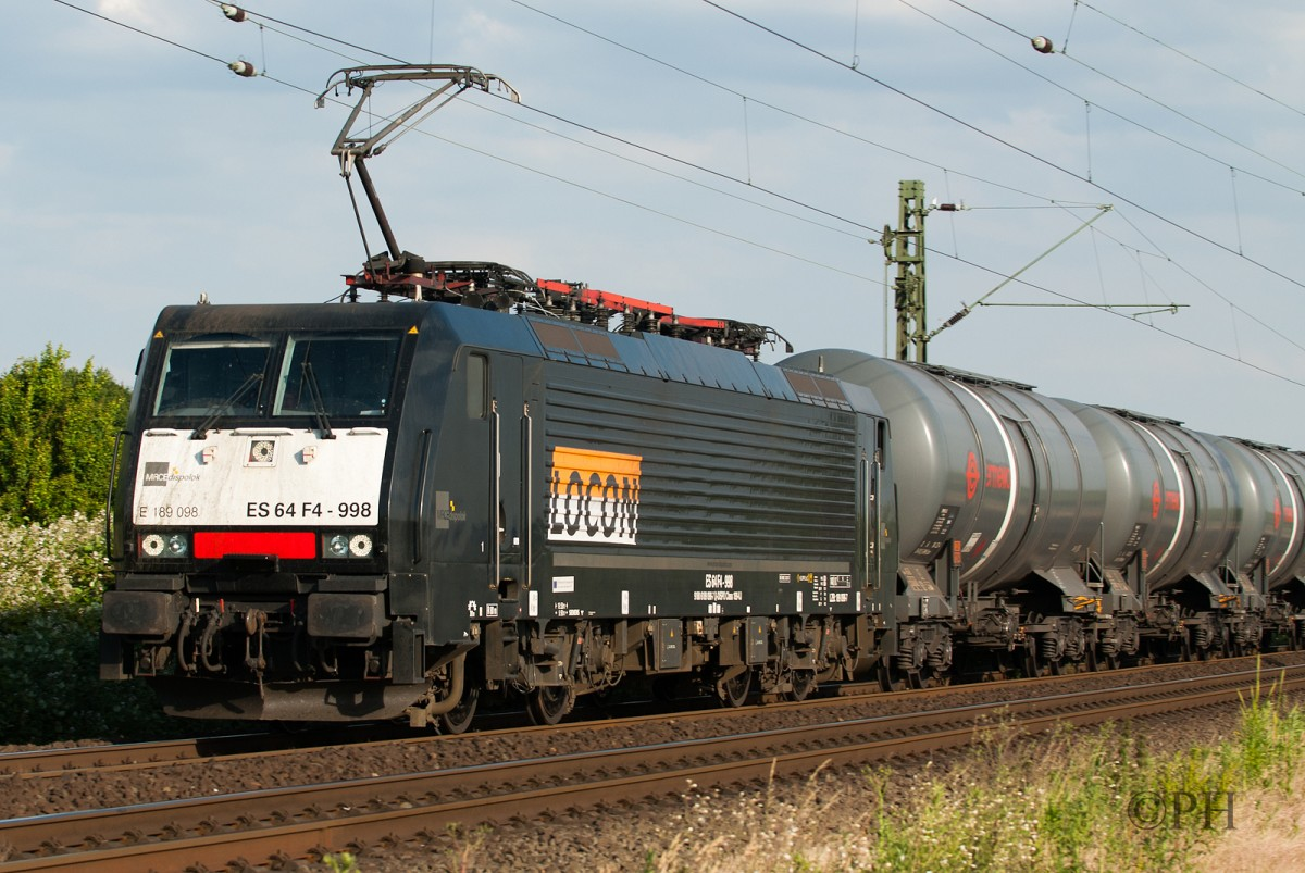 ES 64 F4-998 MRCE Dispolok/Locon in Meerbusch-Osterath am 15.06.2015