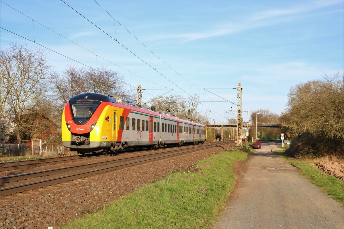 HLB Alstom Coradia Continental ET 154 am 15.03.20 in Maintal Ost