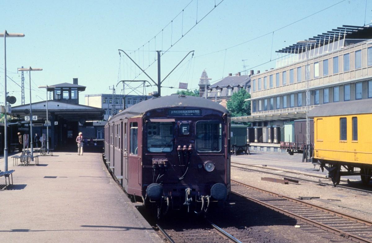 København / Kopenhagen DSB S-Bahn: Linie F S-Bf Vanløse im Juni 1978. - Heute endet hier die ...