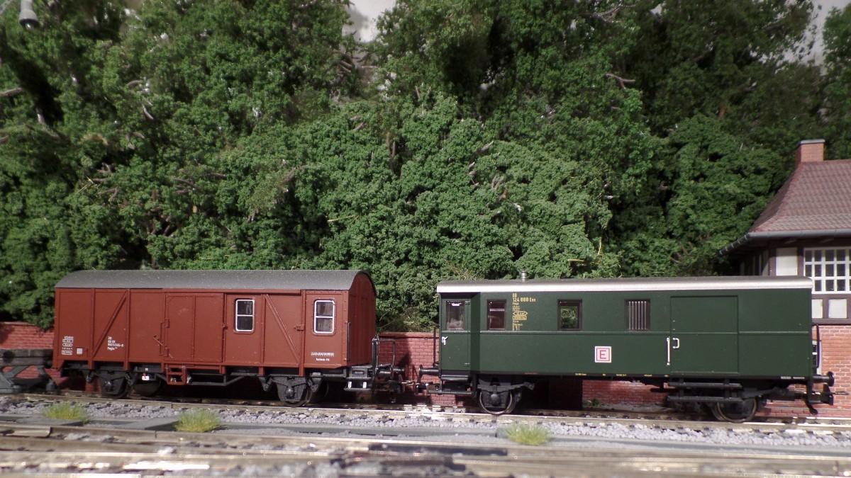 Donnerbüchsen (die unvermeidlichen ...) Modelle-gueterzugbegleitwagen-spur-ho--843779