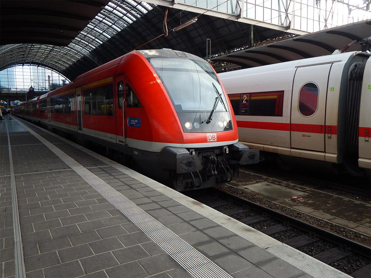 modus steuerwagen re 4615 nach w rzburg frankfurt hauptbahnhof am. Black Bedroom Furniture Sets. Home Design Ideas
