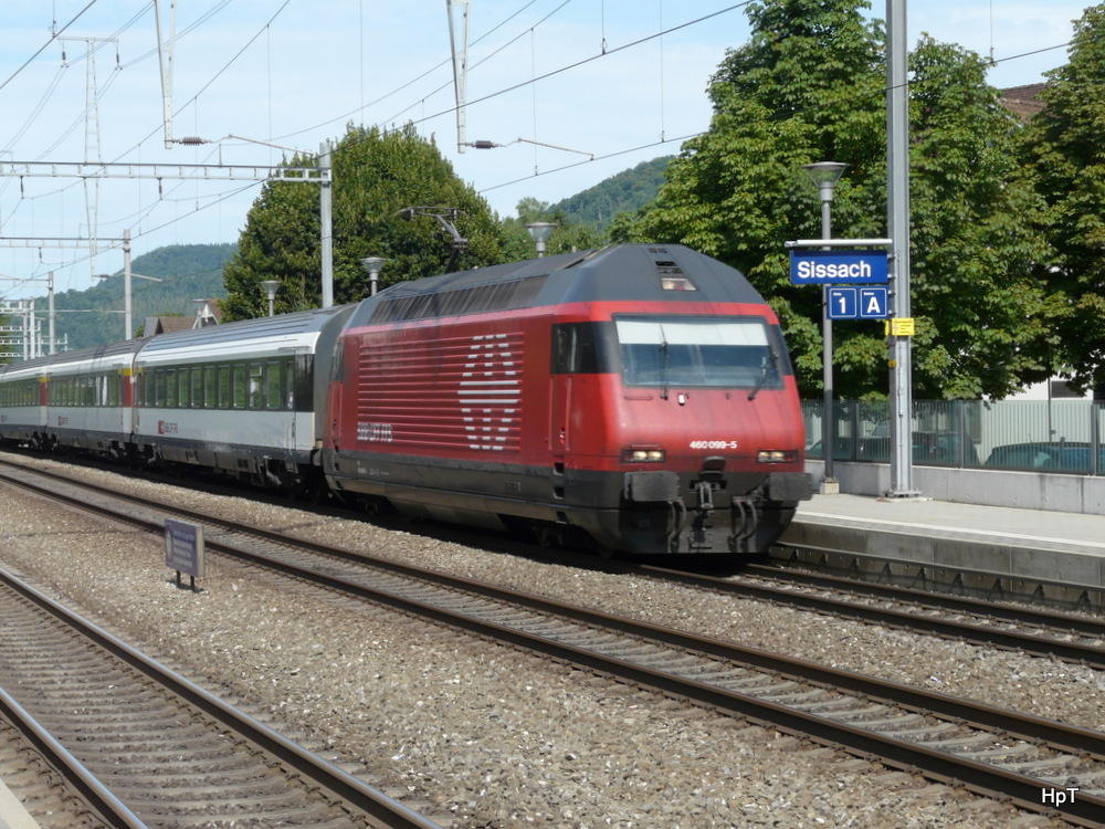 SBB - Lok 460 099-5 mit IR unterwegs in Sissach am 18.08.2013