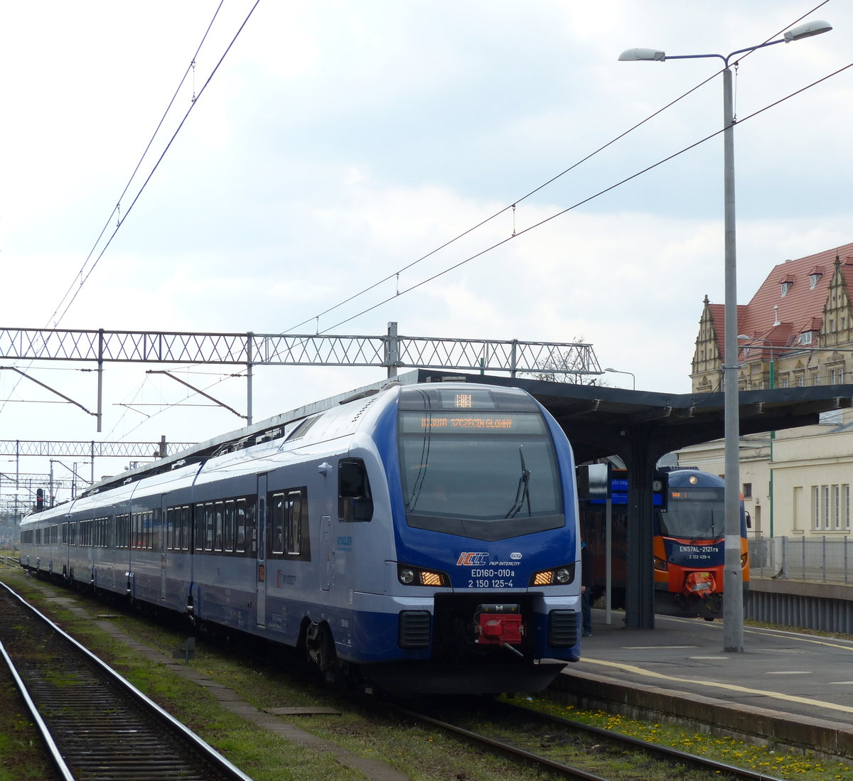 stadler flirt intercity league