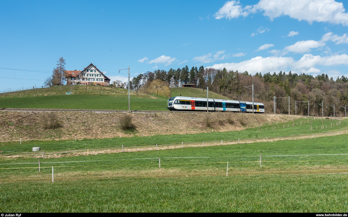 THURBO RABe 526 774 am 4. April 2018 bei Ossingen.