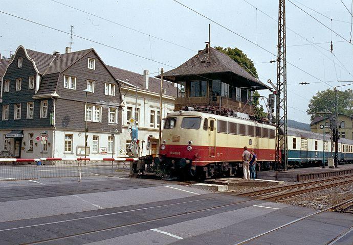 http://www.bahnbilder.de/bilder/1024/568477.jpg