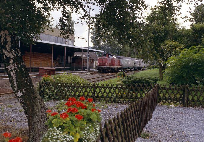 http://www.bahnbilder.de/bilder/1024/588373.jpg