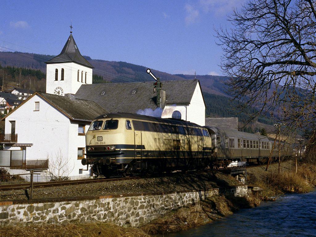 http://www.bahnbilder.de/bilder/1024/659412.jpg