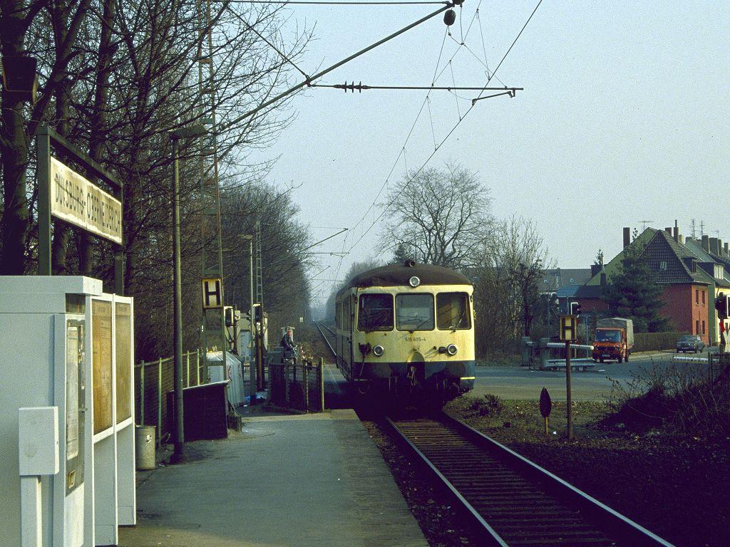 http://www.bahnbilder.de/bilder/1024/675941.jpg