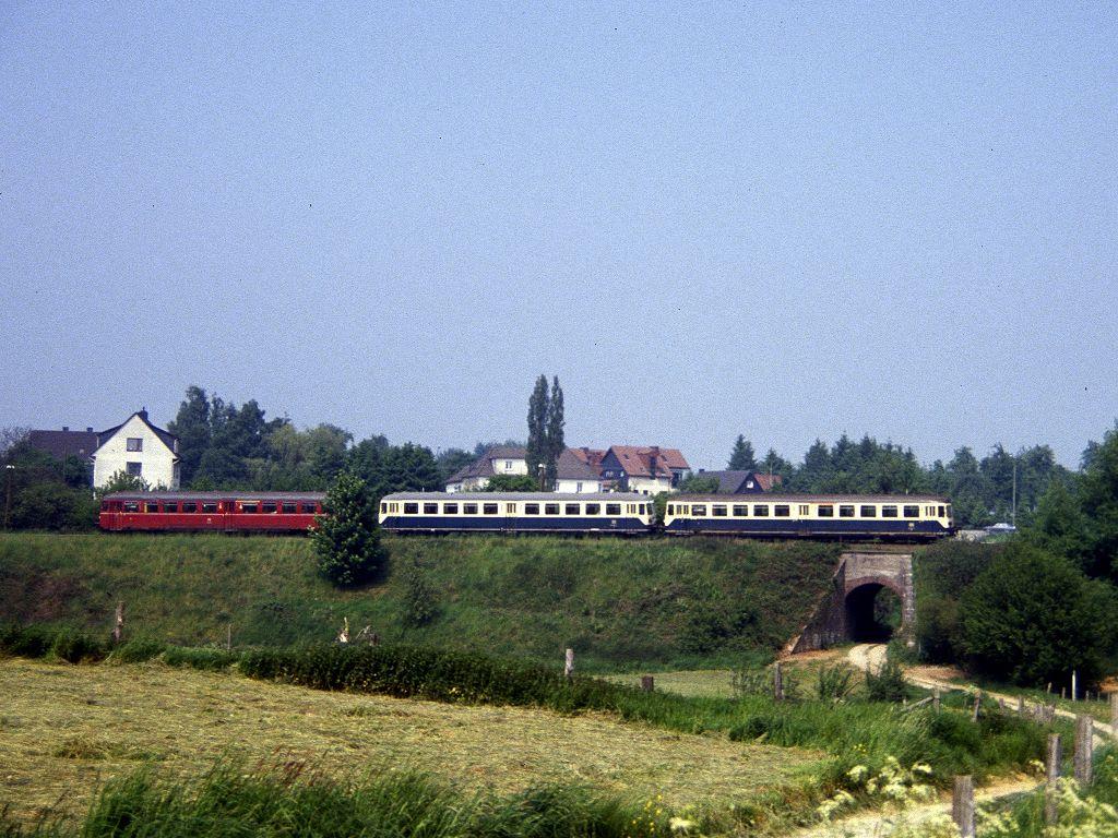 http://www.bahnbilder.de/bilder/1024/683491.jpg