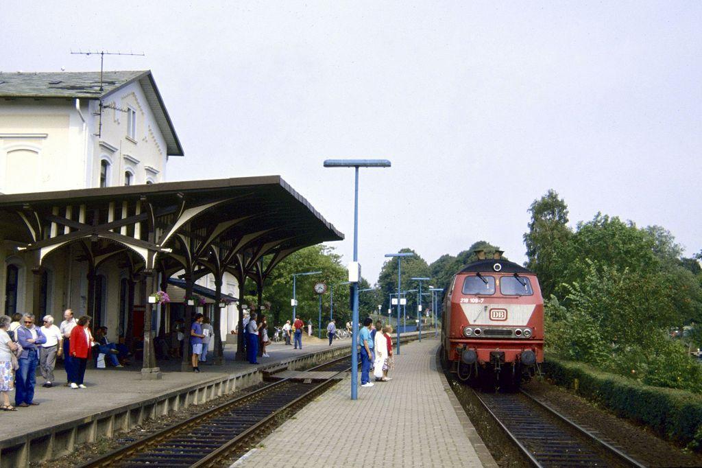 http://www.bahnbilder.de/bilder/1200/1065297.jpg