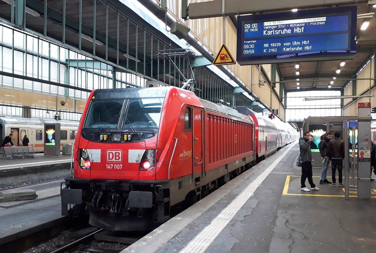 http://www.bahnbilder.de/bilder/1200/1128043.jpg